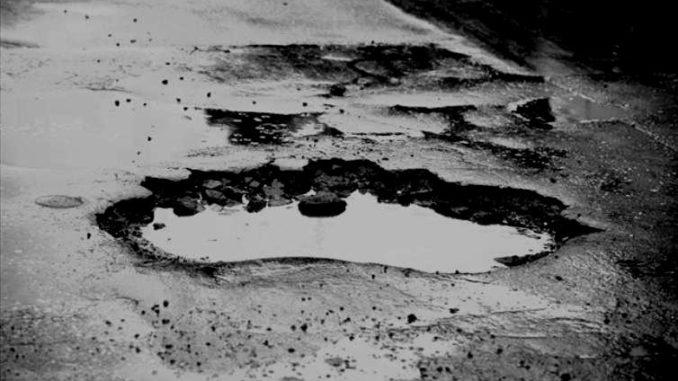 dziura-w-drodze